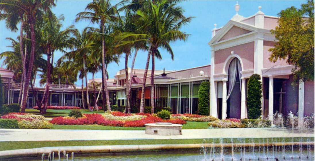 Upon First Opening The Royal Poinciana Plaza Was Bustling F A O Schwartz Acted As An Anchor Tenant Did Gucci Who Had Opened Their Very
